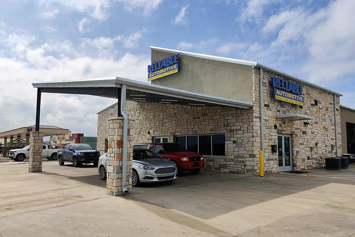 Reliable Automotive's Kyle location storefront